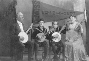 De Moss Banjo Club
